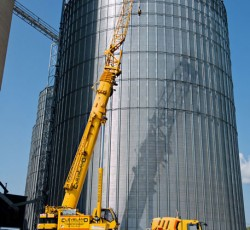 Grain Equipment dealer with crane services